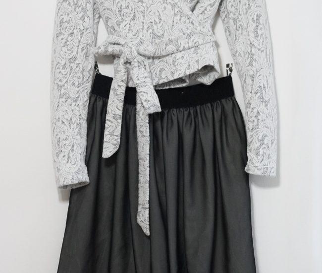 Handmade Christmas Outfit |Burda Wrap Top | Radiant Home Studio