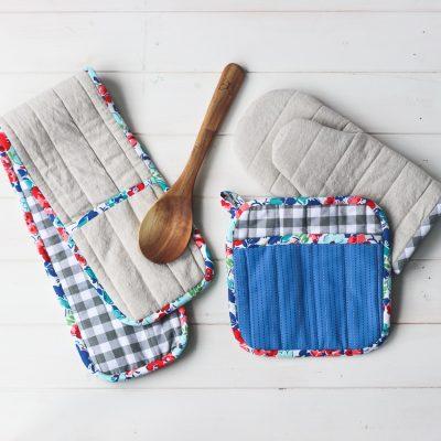 Flower City Potholders | DIY Sewing Pattern for Kitchen | Radiant Home Studio